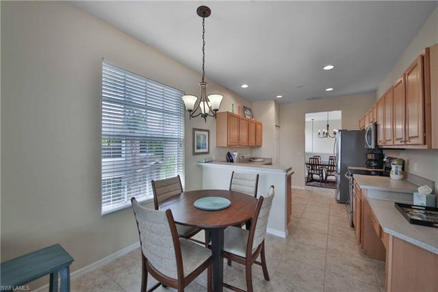 10019 Sky View Way 1401 1401, Fort Myers, FL - USA (photo 4)