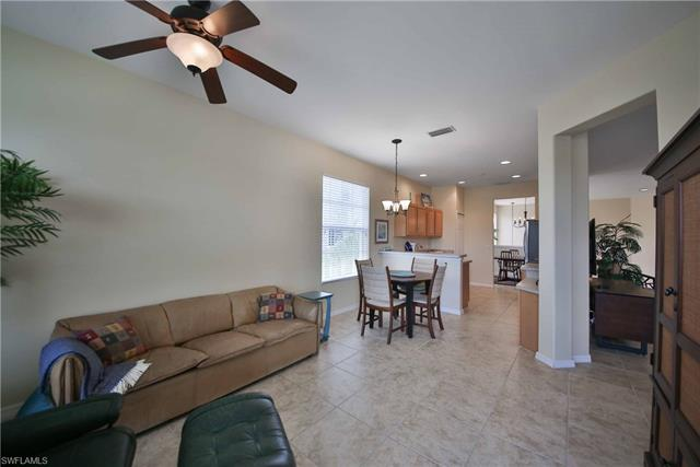 10019 Sky View Way 1401 1401, Fort Myers, FL - USA (photo 5)