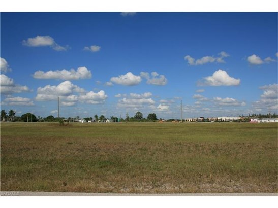 325 Sw 2nd St, Cape Coral, FL - USA (photo 4)
