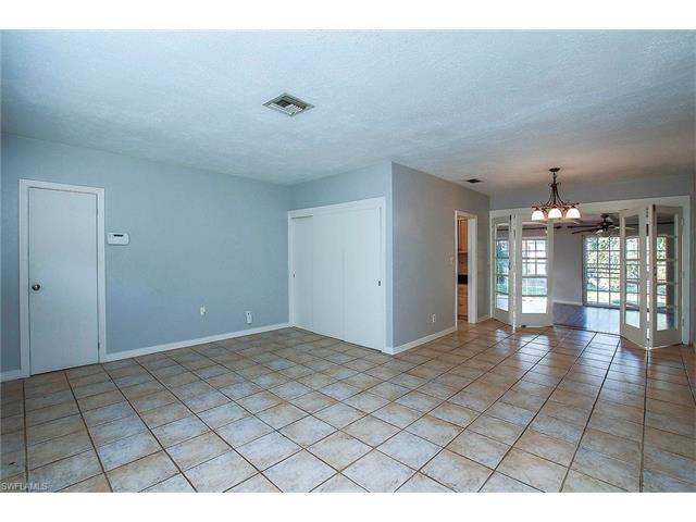 1349 Alcazar Ave, Fort Myers, FL - USA (photo 3)