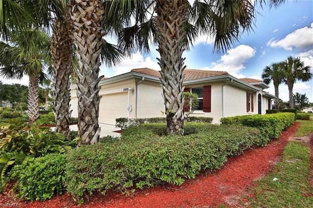 10619 Camarelle Cir, Fort Myers, FL - USA (photo 2)
