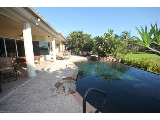 8842 New Castle Dr, Fort Myers, FL - USA (photo 3)