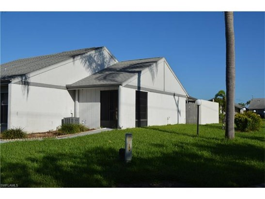 9808 Maplecrest Cir, Lehigh Acres, FL - USA (photo 2)