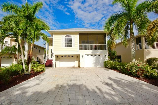 315 Mango St, Fort Myers Beach, FL - USA (photo 1)
