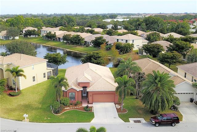 9731 Las Casas Dr, Fort Myers, FL - USA (photo 1)
