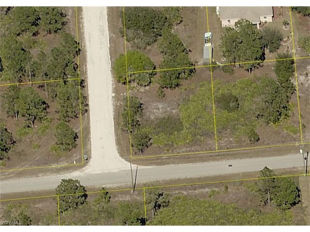 2618 42nd St W, Lehigh Acres, FL - USA (photo 2)