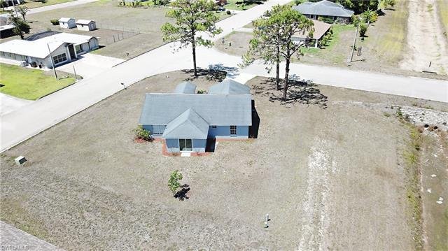 511 Marby Rd, Lehigh Acres, FL - USA (photo 4)