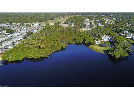 16860 Wayzata Ct, North Fort Myers, FL - USA (photo 3)