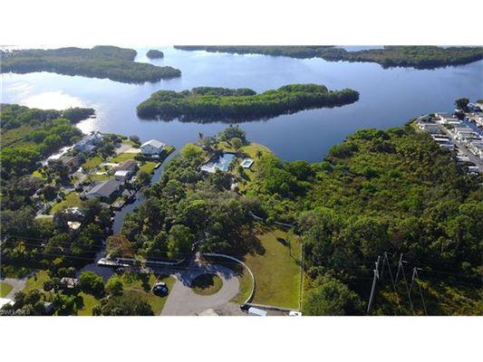 16860 Wayzata Ct, North Fort Myers, FL - USA (photo 4)