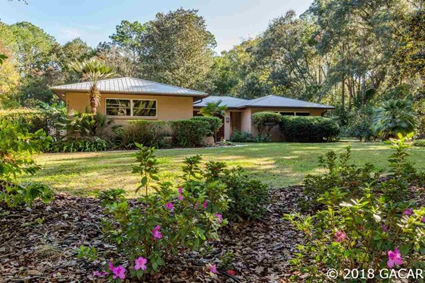 Contemporary,Ranch, Detached - Gainesville, FL