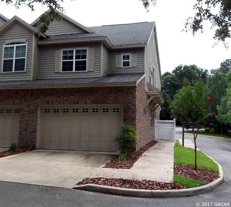 Townhouse - Gainesville, FL (photo 1)