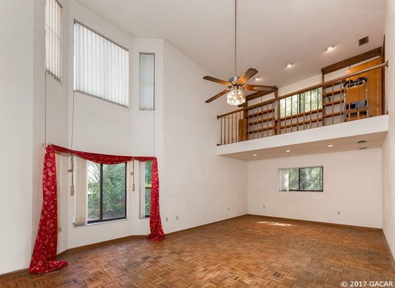 2 Story, Detached - Gainesville, FL (photo 4)