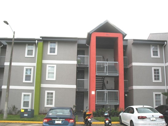 Townhouse, Contemporary - Gainesville, FL (photo 1)