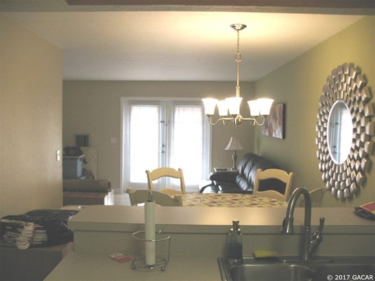 Townhouse, Contemporary - Gainesville, FL (photo 4)