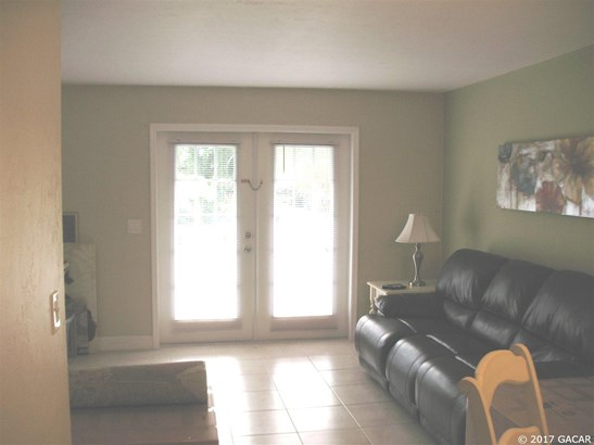 Townhouse, Contemporary - Gainesville, FL (photo 5)
