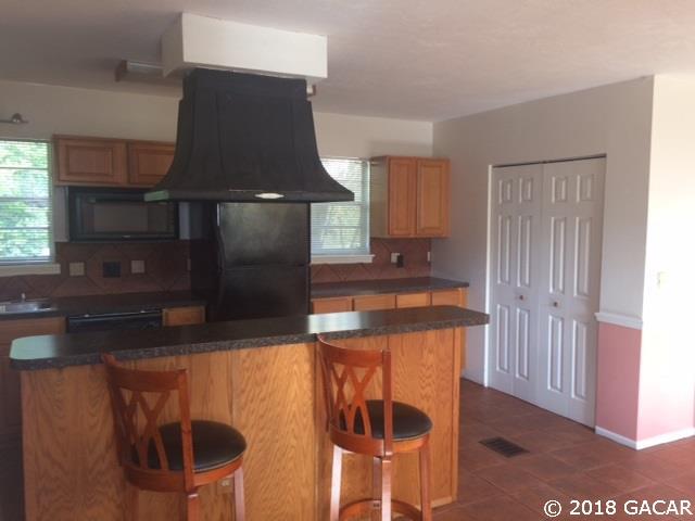 1 Story, Rental - Gainesville, FL (photo 4)