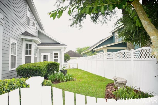 2 Story,Traditional, Detached - Newberry, FL (photo 2)