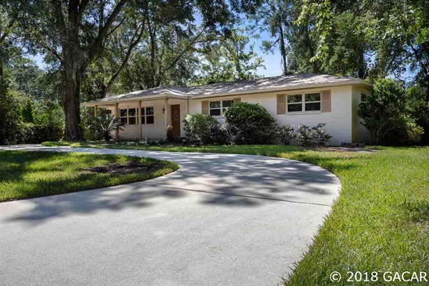 Ranch,Traditional, Detached - Gainesville, FL