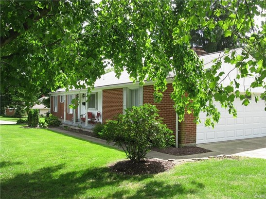 4833 Laurelann Drive, Kettering, OH - USA (photo 5)