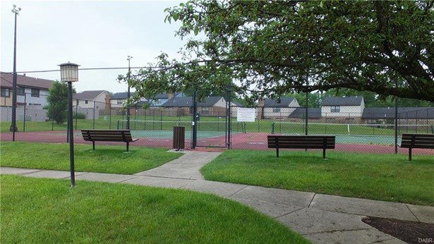 6535 Benjamin Franklin Drive, Englewood, OH - USA (photo 4)
