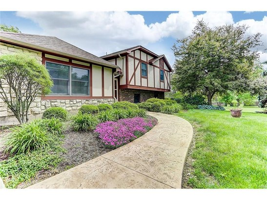 296 S Fairfield Road, Bellbrook, OH - USA (photo 4)