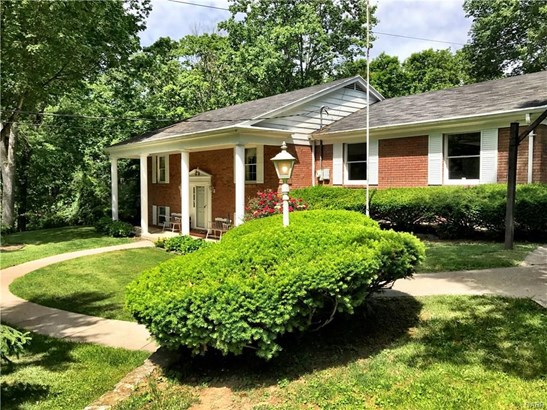 4430 Mad River Road, Franklin, OH - USA (photo 2)