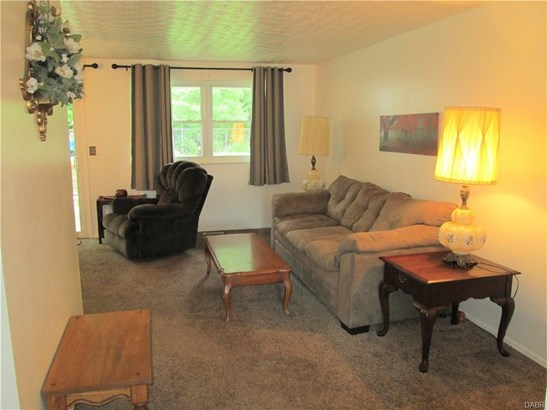 6655 Pegwood Court, Huber Heights, OH - USA (photo 4)