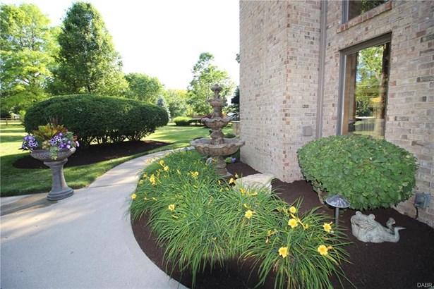 9517 Moorgate Court, Centerville, OH - USA (photo 4)