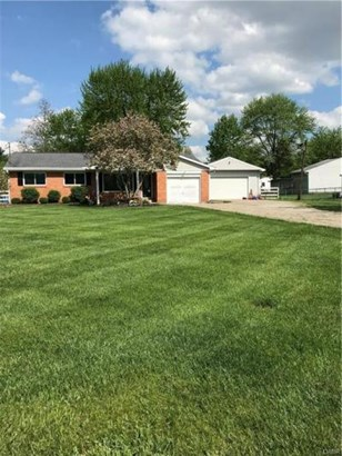 3746 Sterling Drive, Franklin, OH - USA (photo 1)