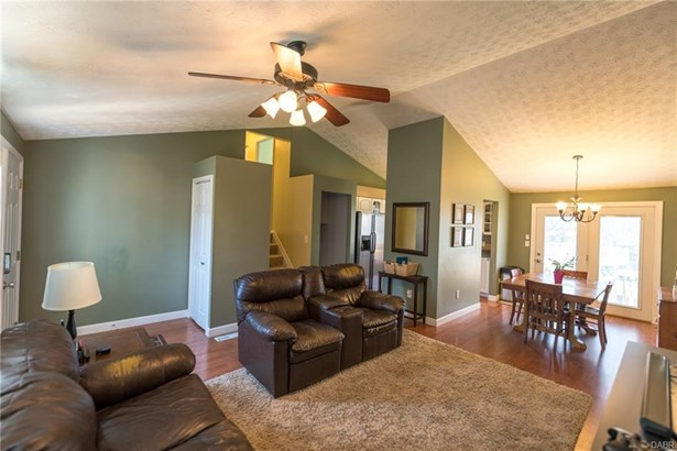 6461 Pheasant Finch Drive, Huber Heights, OH - USA (photo 5)