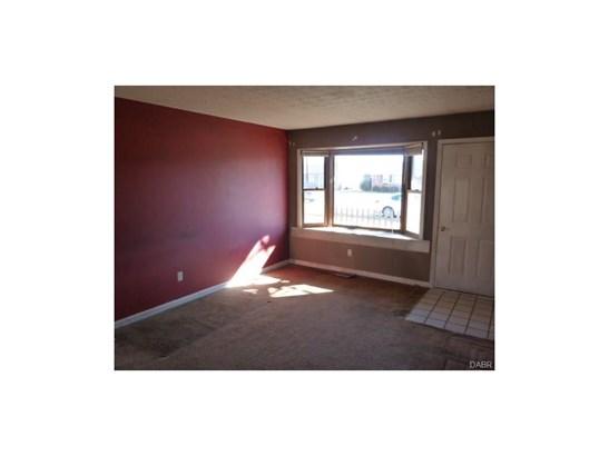 517 Amor Place, Vandalia, OH - USA (photo 2)