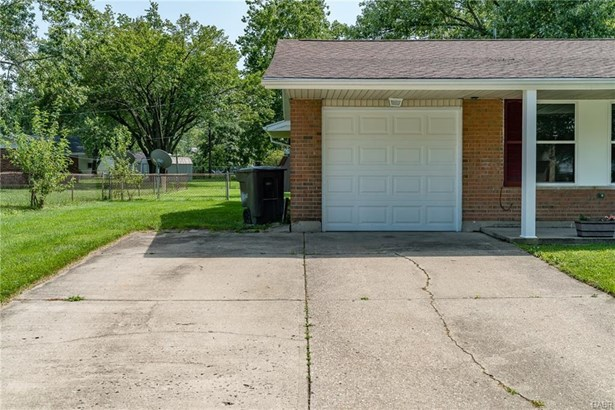 204 Lake Forest Drive, West Carrollton, OH - USA (photo 4)