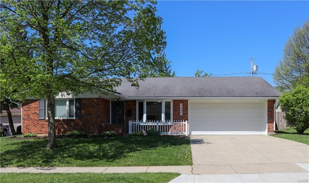 7287 Claircrest Drive, Huber Heights, OH - USA (photo 2)