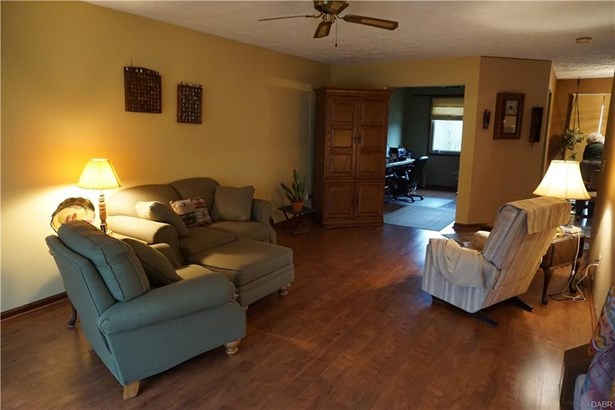 1440 Southlyn Drive, Kettering, OH - USA (photo 5)