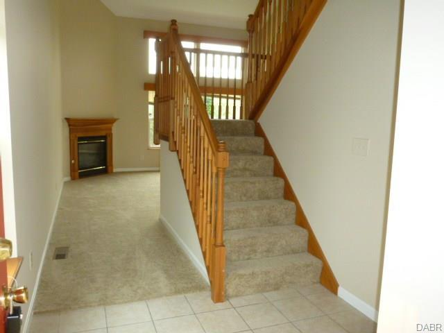 2038 Pine Forest Drive, Miamisburg, OH - USA (photo 3)