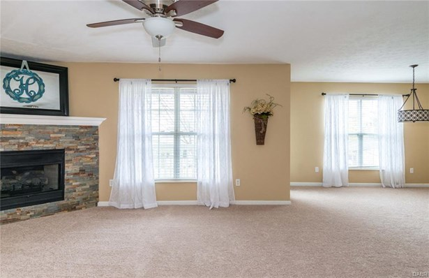 1525 Commons Drive, Miamisburg, OH - USA (photo 4)