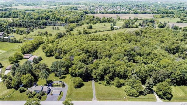 391 S Fairfield Road, Bellbrook, OH - USA (photo 3)