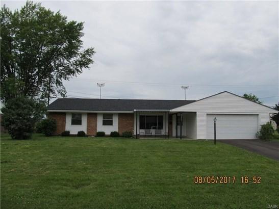 5621 Hollyhock Drive, West Carrollton, OH - USA (photo 2)