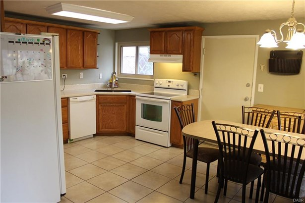 3707 Cordell Drive, Kettering, OH - USA (photo 4)