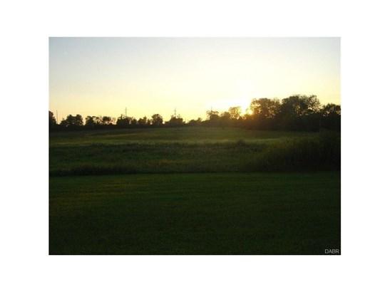 8135 Number Nine Road, Brookville, OH - USA (photo 4)