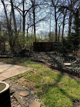 1416 Southlyn Drive, Kettering, OH - USA (photo 4)