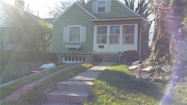 2219 Riverside Drive, Dayton, OH - USA (photo 1)