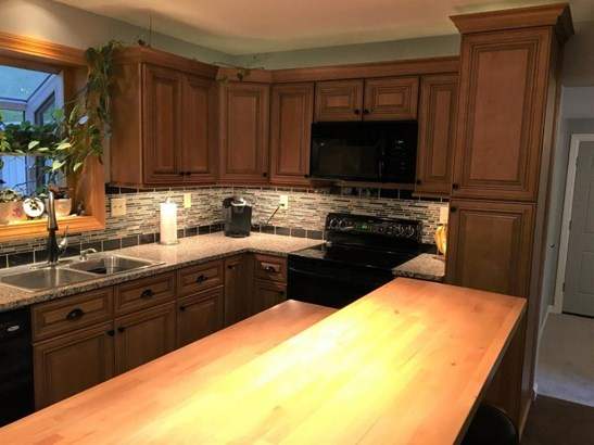 1369 Emerson Lane, Day Heights, OH - USA (photo 5)