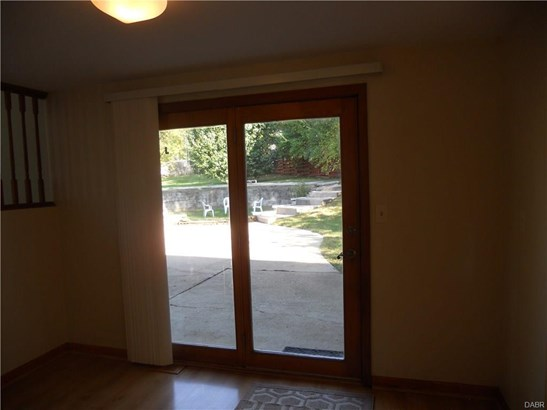 2935 Greencrest Drive, Kettering, OH - USA (photo 5)