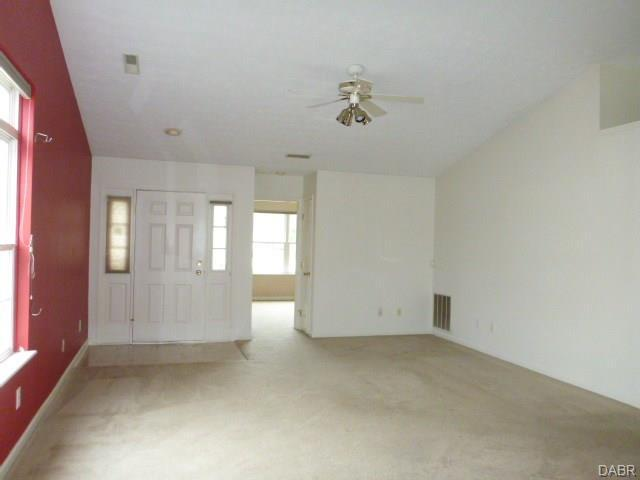 2264 Villagewood Court, Miamisburg, OH - USA (photo 4)