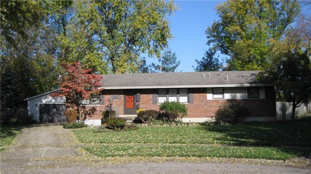 1995 Surrey Court, Kettering, OH - USA (photo 2)