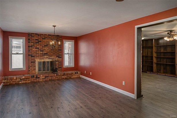 5618 Camerford Drive, Huber Heights, OH - USA (photo 4)
