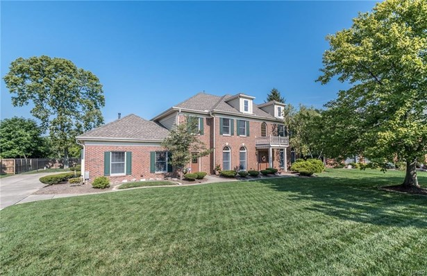 8911 Treeland Lane, Centerville, OH - USA (photo 1)