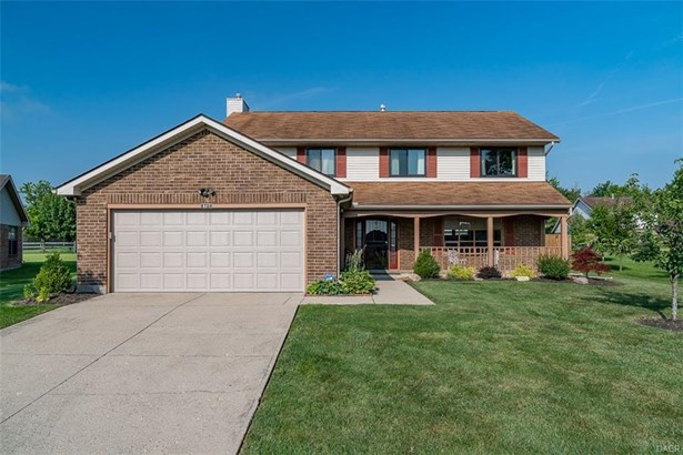 8728 Deer Hollow Drive, Huber Heights, OH - USA (photo 1)