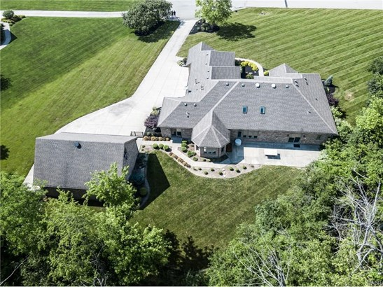1361 Meadow Woods Court, Waynesville, OH - USA (photo 3)